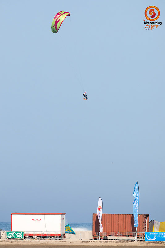 Paul Serin kite tow up Leucate